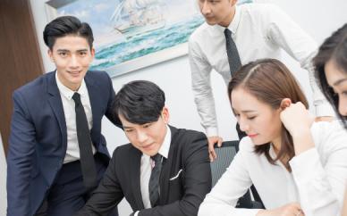 企业选择定制小程序优势